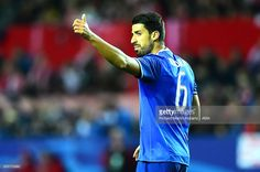 Sami Khedira of Juventus gestures during the UEFA Champions League match between Sevilla FC and Juventus at Estadio Ramon Sanchez Pizjuan on November 22, 2016 in Seville, Spain.