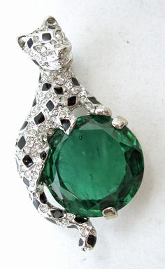 Kenneth Jay Lane Crystal Jade Deco Pin Emerald/crystal GTVRW