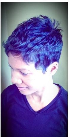 Wish me hair could look like this with that cut and stay that way just not the color.