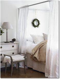 FleaingFrance....beautiful bedroom