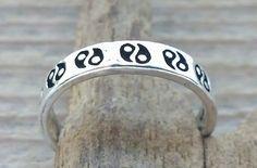 teenring yin yang zilver 072 - http://www.toas.nl/teenringen