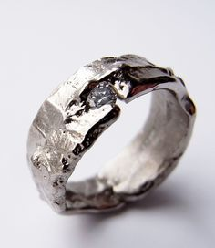 Freeform ring, 18ct white gold and brilliant cut diamond. Kelvin J Birk 2014