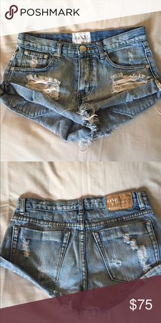 One teaspoon bandits Great condition worn a couple times.. just looking for a size up. One Teaspoon Shorts Jean Shorts