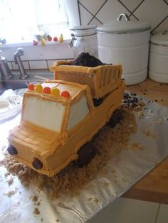 The Recipe Room: The Dump Truck Cake!