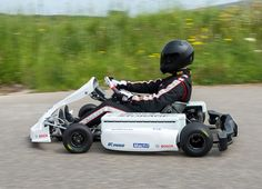 Bosch has whipped the covers off an all-electric motorsport kart prototype concept developed in partnership with the FIA, the German Motorsport Association and Mach 1 Kart. It goes from 0 to 100 kph under five seconds and has a top speed of over 130 kph! http://www.gearheads4life.com/news/bosch-makes-racing-karts-clean-and-quiet/