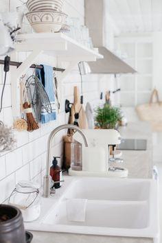Uusi Kuu - Kitchen Take Me Home, Decoration, Kitchen Decor, Sweet Home, Sink, Interior Design, House, Home Decor, Natural
