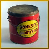 Lard and shortening pails were commonly used as lunch containers. If you were seen with one of these, it meant that you were fairly poor.