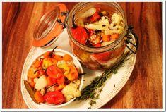 Pickled Habanero Peppers / Chiles Habaneros en Vinagre
