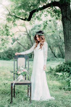 Boho-Hochzeitsinspiration: Picknick im Grünen @Vicky Baumann http://www.hochzeitswahn.de/inspirationsideen/boho-hochzeitsinspiration-picknick-im-gruenen/ #boho #bohemian #bride