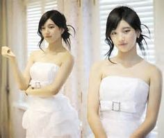 She looked magnificent in her wedding dress.She wore a stunning white wedding dress. 라이브바카라 ♥【HBN122 COM 】♥라이브바카라 라이브바카라 라이브바카라 라이브바카라 라이브바카라 라이브바카라 라이브바카라