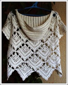 Crochet and arts: Top squares hooded shirt free  pattern