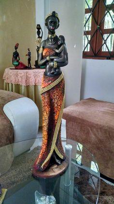 Negra African American Figurines, African American Art, African Sculptures, Black Art Pictures, Africa Art, Pretty Dolls, African Fashion Dresses, African Beauty, Tribal Art