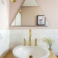 O banheiro mais lindo que eu já vi ✨ @apartamento.33