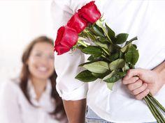 Đừng biến Valentine thành va lung tung bằng những món quà thảm hại này   Lễ tình nhân ngày (Valentine) càng đến gần đây là thời điểm các bạn đang đau đầu chọn quà tặng người yêu bạn đời của mình đúng không nào? Dù ngoài mặt tỏ vẻ bất cần nhưng chẳng ai lại không muốn nhận quà ngay đúng ngày dịp toàn thế giới vinh danh tình yêu mỗi năm chỉ diễn ra một lần thế này. Theo thống kê tại Mĩ có đến hơn 55% tỉ lệ khách hàng sẵn sàng rút hầu bao cho những món quà trong dịp ý nghĩa này.  (Ảnh…
