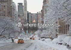 New York sous la neige. ( seule a New York fb) New York Snow, New York Winter, Winter Wallpaper, City Wallpaper, Chicago Wallpaper, Wallpaper Desktop, Hd Desktop, Christmas Wallpaper, Budapest