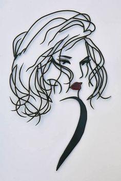 04-Teodosio-Sectio-Aurea-Wire-Art-Drawings-www-designstack-co