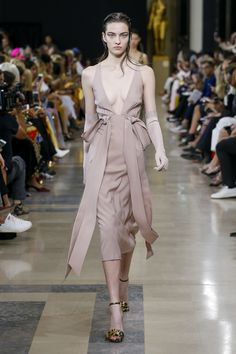 Rochas Spring 2019 Ready-to-Wear Collection - Vogue