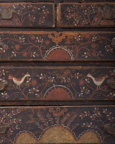 MASSACHUSETTS WILLIAM AND MARY PAINTED AND DECORATED CHEST OF DRAWERS. Est. $25,000-$50,000