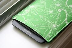 Kindle Case / Kindle Cover / Kindle Sleeve /  by chubbycloud, $15.00