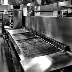 MASH kitchen