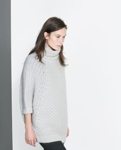Image 2 of OVERSIZED KNITTED SWEATER from Zara