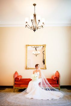 Nicole Dixon Photographic - Columbus Ohio Wedding Photographer - Columbus Museum of Art Wedding Bride