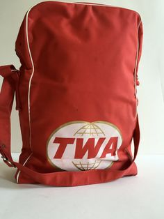 Vintage TWA AIRLINE Travel Bag | Bearse Manufacturing Company | Chicago, Newburg, NY by BROCANTEBedStuy on Etsy