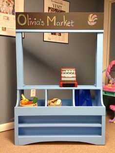DIY Wide Hutch: Chalkboard header to you can change what it is Easy Diy Projects, Projects For Kids, Diy For Kids, Home Projects, Kids Grocery Store, Play Market, Toy Rooms, Kids Wood, Do It Yourself Home