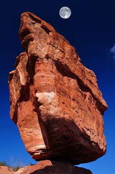 Balanced Rock At Garden Of The Gods With Moon, Colorado Springs