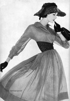 1950s dress and hat. #vintage #retro #50s