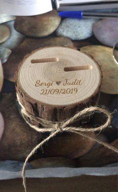 Ring Holder Wedding, Ring Pillow Wedding, Custom Wedding Gifts, Handmade Wedding, Bridal Cupcakes, Rustic Wedding Rings, Wedding Reception Backdrop, Wedding Glasses, Wedding Save The Dates