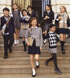 So I kind of wish our school had uniforms— Cute uniforms, like these. I really like it.