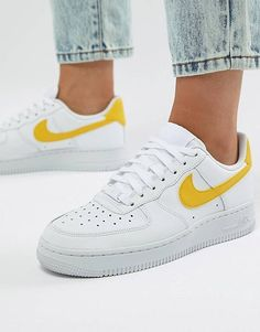 timeless design 9be3c b7c79 Nike Air Force - 1 - Baskets - Blanc et jaune Chaussure Nike Air, Chaussure
