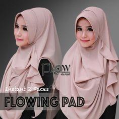 #hijabfashion  #fashionhijab  #hijabstyles #modelhijab Read More: http://bundaku.net/pakaian-wanita/jilbab/jilbab-pashmina-instan-flowing-pad