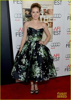 Amy Adams. (Elisabeth Moss wore the same print to the Emmy's)