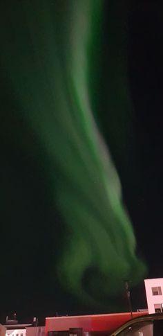Revontulet ihastuttivat viime yönä taivaalla – Katso upeat kuvat!   Yle Uutiset   yle.fi Northern Lights, Nature, Travel, Naturaleza, Viajes, Destinations, Nordic Lights, Aurora Borealis, Traveling