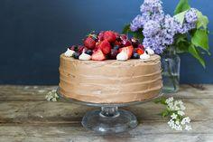 Yummy Baker: Kakku kesäjuhliin: gluteeniton suklaamarenkikakku