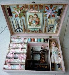 Join us on Instagram at #nanabluebird1      Vintage Miniature Dolls, Vintage Sewing Notions, Antique Sewing Machines, Vintage Sewing Patterns, Sewing Box, Sewing Tools, Sewing Crafts, Sewing Kits, Vintage Dolls