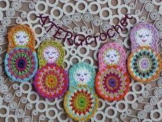 Crochet pattern matryoshka by ATERGcrochet. €2.75, via Etsy.