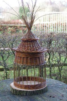 Voederhuisje voor vogels By: MUDZ basketry