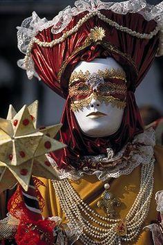 Venice Carnival Portraits: traditional masks. #masks #venetianmask #masquerade http://www.pinterest.com/TheHitman14/art-venetian-masks-%2B/