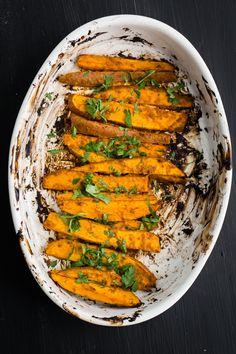 Tandoori Sweet Potatoes | @naturallyella