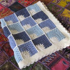 Pram or pushchair blanket. Baby a Granny Square Crochet Pattern, Crochet Granny, Crochet Baby, Crochet Patterns, Blanket Crochet, Crochet Ideas, Baby Afghans, Baby Blankets, Manta Crochet