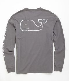 Shop Long-Sleeve Vintage Graphic T-Shirt at vineyard vines size medium Preppy Outfits, Preppy Style, My Style, Cute Outfits, Preppy Southern, Simply Southern, Southern Prep, Middle School Fashion, Sweater Shirt