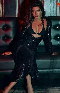 Priyanka chopra hot photoshoot for Vogue India Magazine 2017 - Beautiful Actress Bollywood Actress Hot Photos, Bollywood Girls, Beautiful Bollywood Actress, Most Beautiful Indian Actress, Indian Bollywood, Bollywood Bikini, Bollywood Fashion, Priyanka Chopra Sexy, Actress Priyanka Chopra