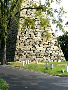 Hollywood Cemetery in Richmond, Virginia has a ninety foot granite pyramid, completed in is a monument to Confederate enlisted men buried nearby. Hollywood Cemetery, In Hollywood, Virginia History, Richmond Virginia, Bury, Monuments, Statues, Granite, Pictures