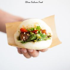 Hoisin Pork with Steamed Buns (Gua Bao) Gua Bao, Steamed Chicken, Steamed Buns, Chinese Egg, Chinese Salt, Yang Chow Fried Rice, Pork And Cabbage, Chinese Cooking Wine, Pork Belly Recipes