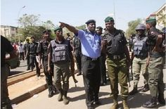 Drama as man beats up police inspector and breaks his jaw in Lagos – You need to see this!