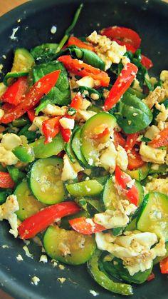 Egg White Scramble W/ Zucchini, Bell Pepper, & Spinach!