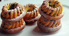 Mini gugulufi cu afine         |          Alina Avram Muffin, Breakfast, Food, Morning Coffee, Muffins, Meals, Cupcakes, Yemek, Eten